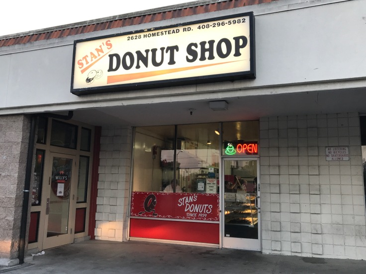 Stan's Donut Shop in Santa Clara, California