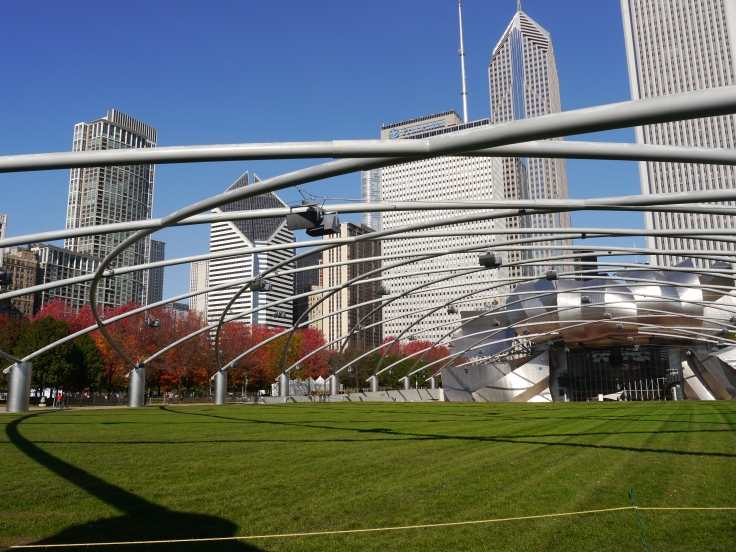 A photo of the view of Chicago's city skyline from Millennium Park.