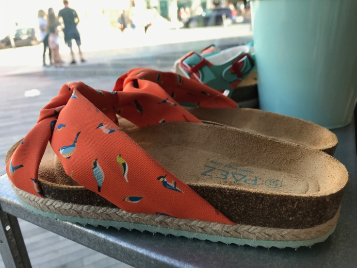 bird-print-orange-sandal-paez-porto-portugal-fashion-shopping-shoes
