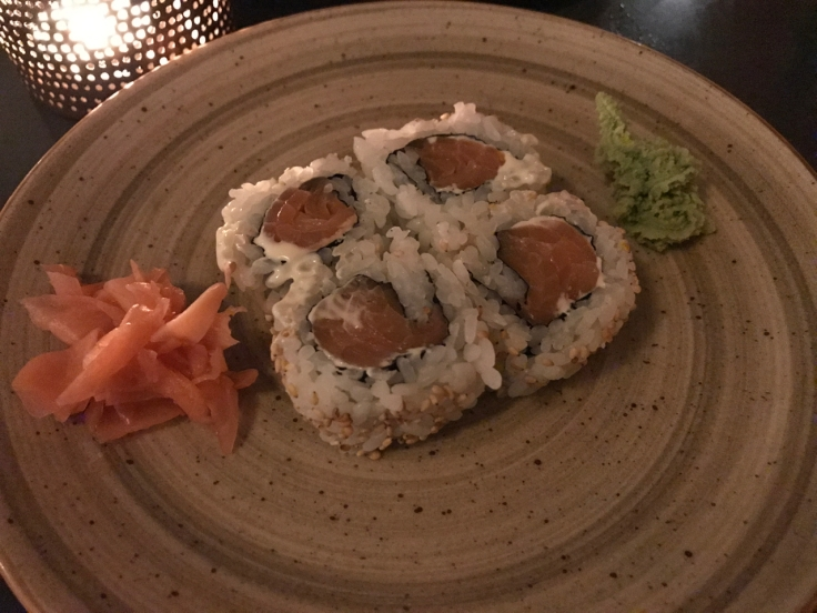 The Camembert roll at Confraria Sushi (a Japanese restaurant in Cascais, Portugal) is made with smoked salmon (salmão fumado) and Camembert cheese (queijo). Photo Courtesy of FoodWaterShoes
